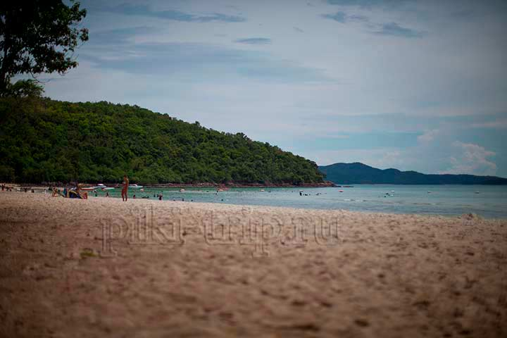 еще один ракурс военного пляжа недалеко от Паттайи