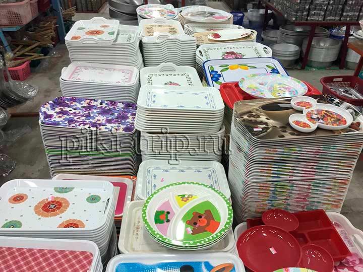 посуда из пластика