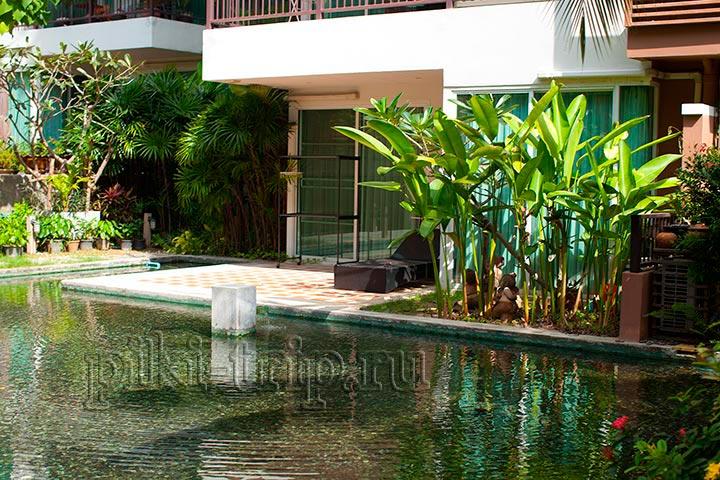 квартиры с выходом к бассейну