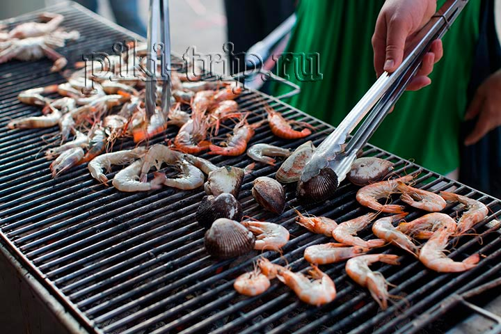 Вкуснейшие креветки и ракушки на гриле в ресторане Ниндзя, ммм! Рекомендую