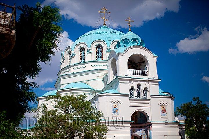 Николаевский собор в Евпатории фото