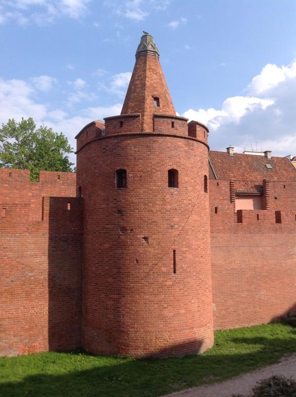 Исторический центр Варшавы: Барбакан (фото)