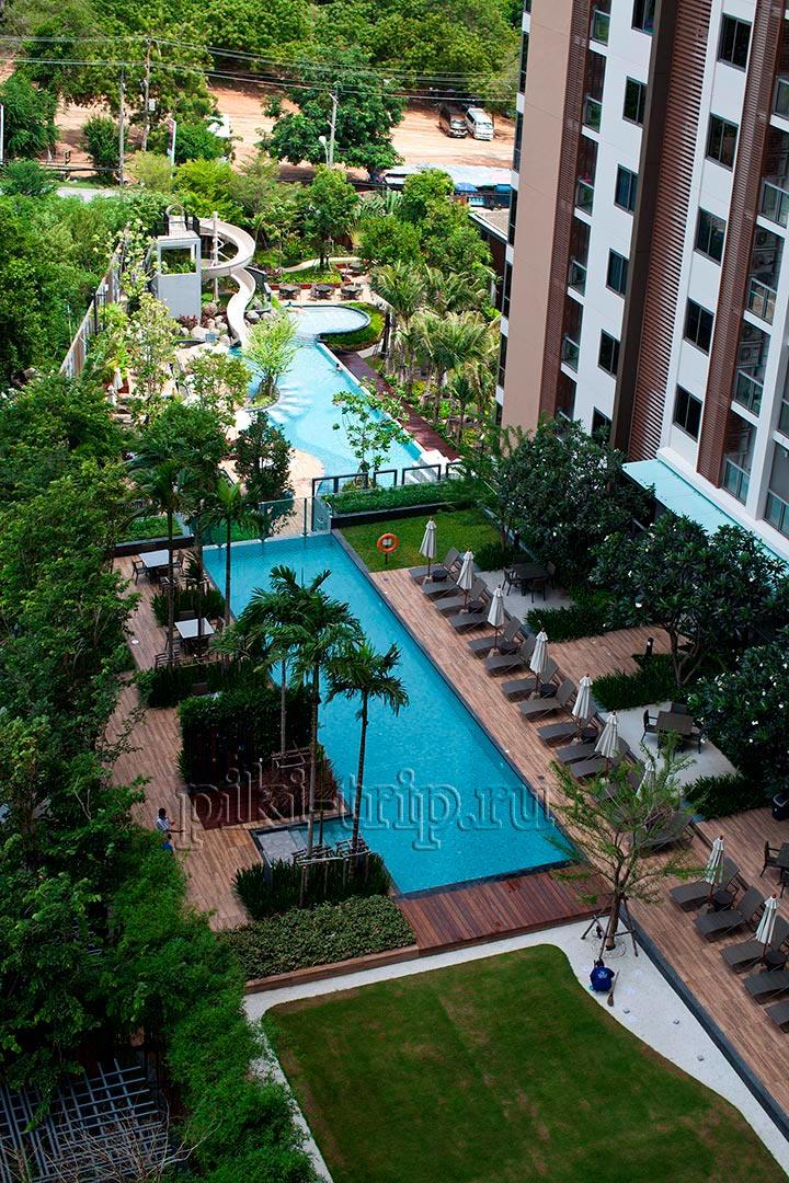 второй бассейн вид из квартиры