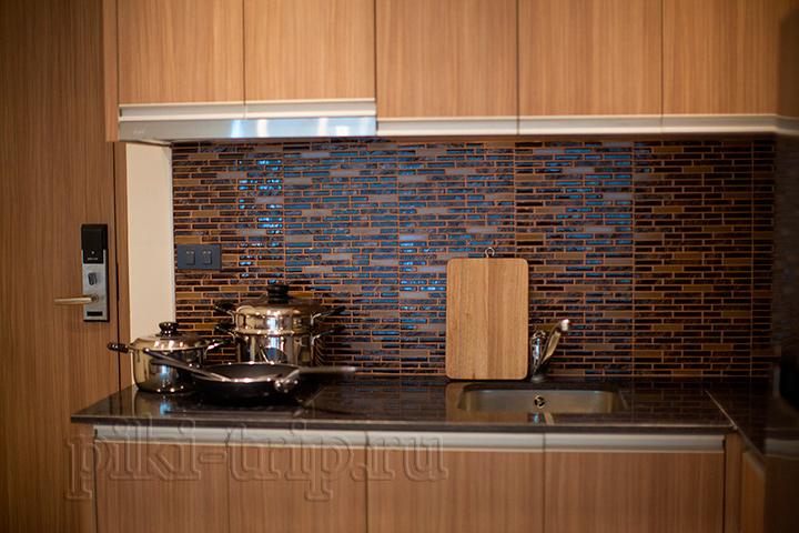 кухня в 1-спальной квартире нам талай фото