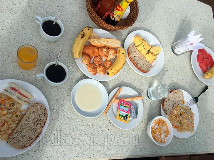 завтрак во Вьентьяне Лаос