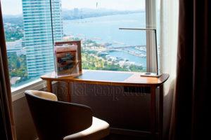 вид из окна из квартиры Мовенпик 2-бедрум