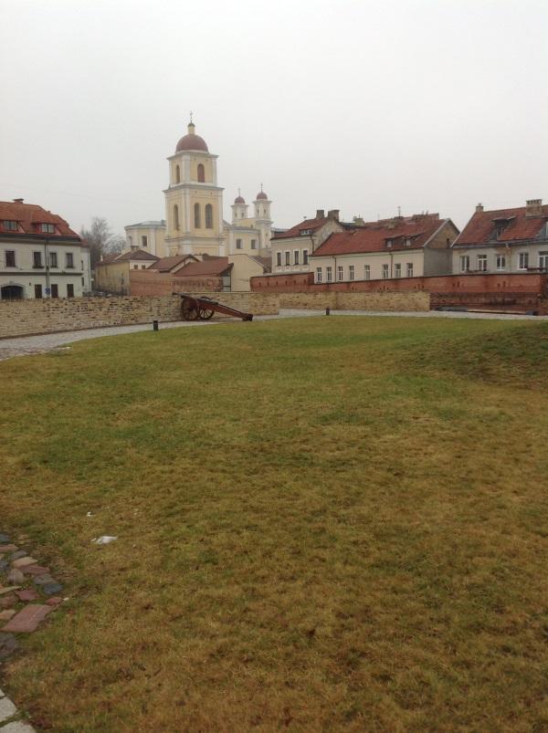 Достопримечательности Вильнюс: На террасе бастиона (Фото)