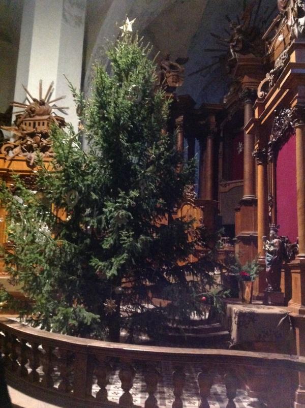 Достопримечательности Вильнюс: Костел Бернардинцев внутри (Фото)