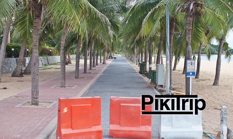 Пешеходная-улица-на-пляже-Бан-Ампур-фото