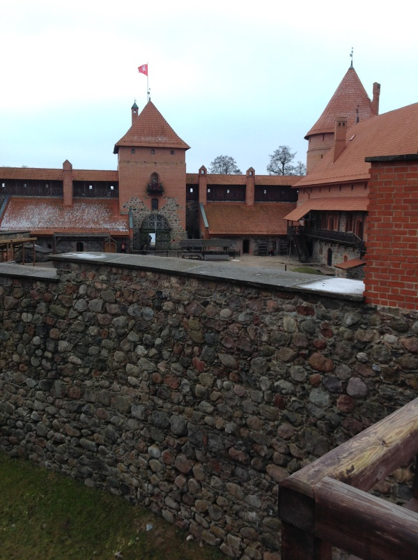 Тракайский замок: Во дворе замка (фото)