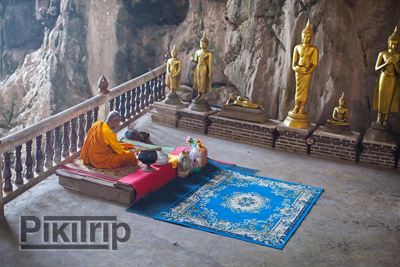 монах на пол-пути подъема