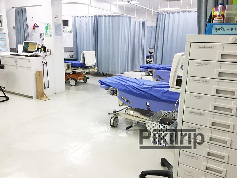приемное отделение скорой помощи в Мемориал госпиталь Паттайя