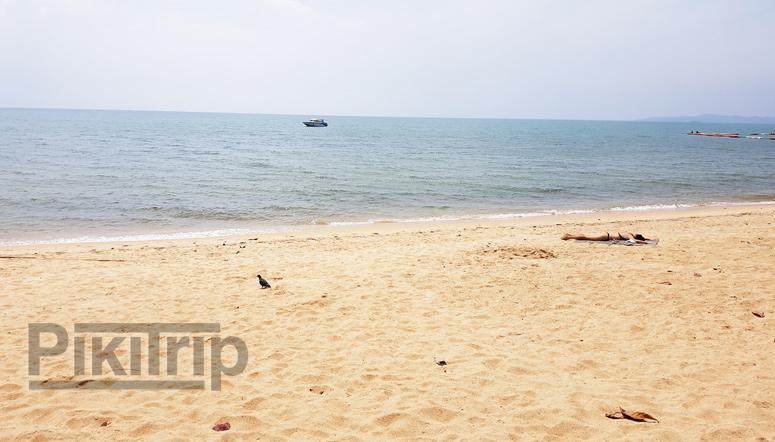 Погода в Паттайе в октябре-пляж Джомтьен у отеля Гранд Джомтьен