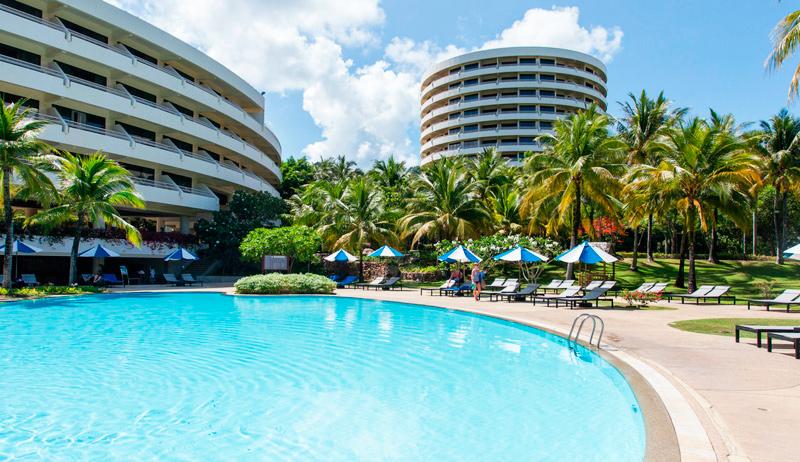 Отель на пляже Карон Karon-Princess-Hotel