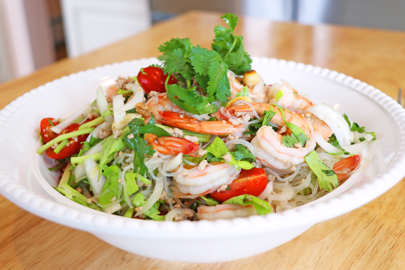 тайский салат ям вон сен
