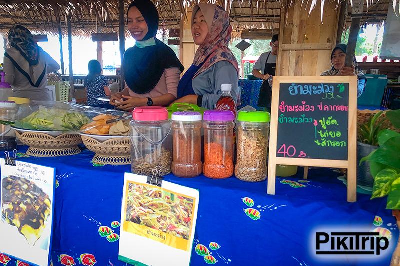 цены на пляже Май Кхао